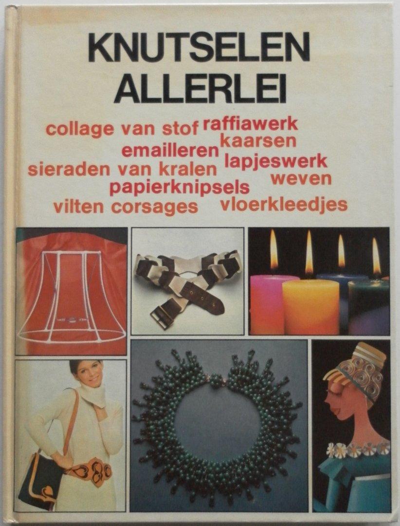 Verwonderlijk Boekwinkeltjes.nl - Knutselen allerlei Collage van stof raffiawerk YT-05