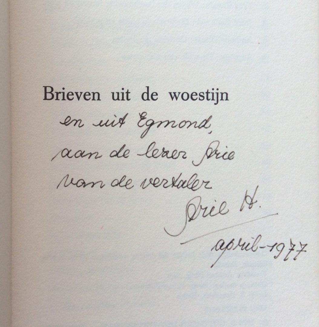 Carretto, Carlo (met persoonlijke boodschap van vertaler Arie Huijg) - Brieven uit de woestijn