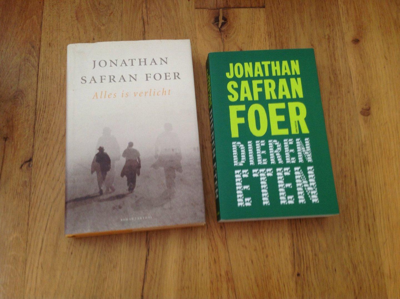 Boekwinkeltjes.nl - Jonathan Safran Foer - Alles is Verlicht en ...