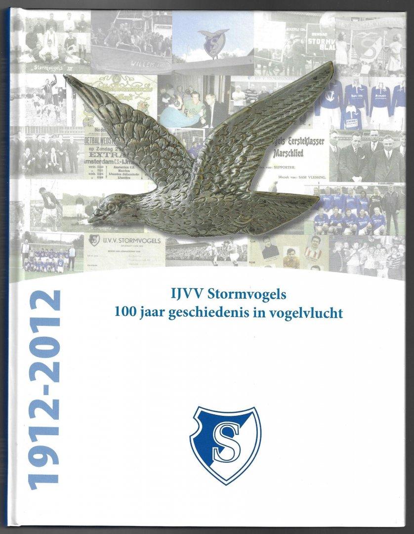 VAN DER PUTTE, MIEKE . ET ALL - IJVV Stormvogels 100 jaar geschiedenis in vogelvlucht -100 jaar geschiedenis in vogelvlucht