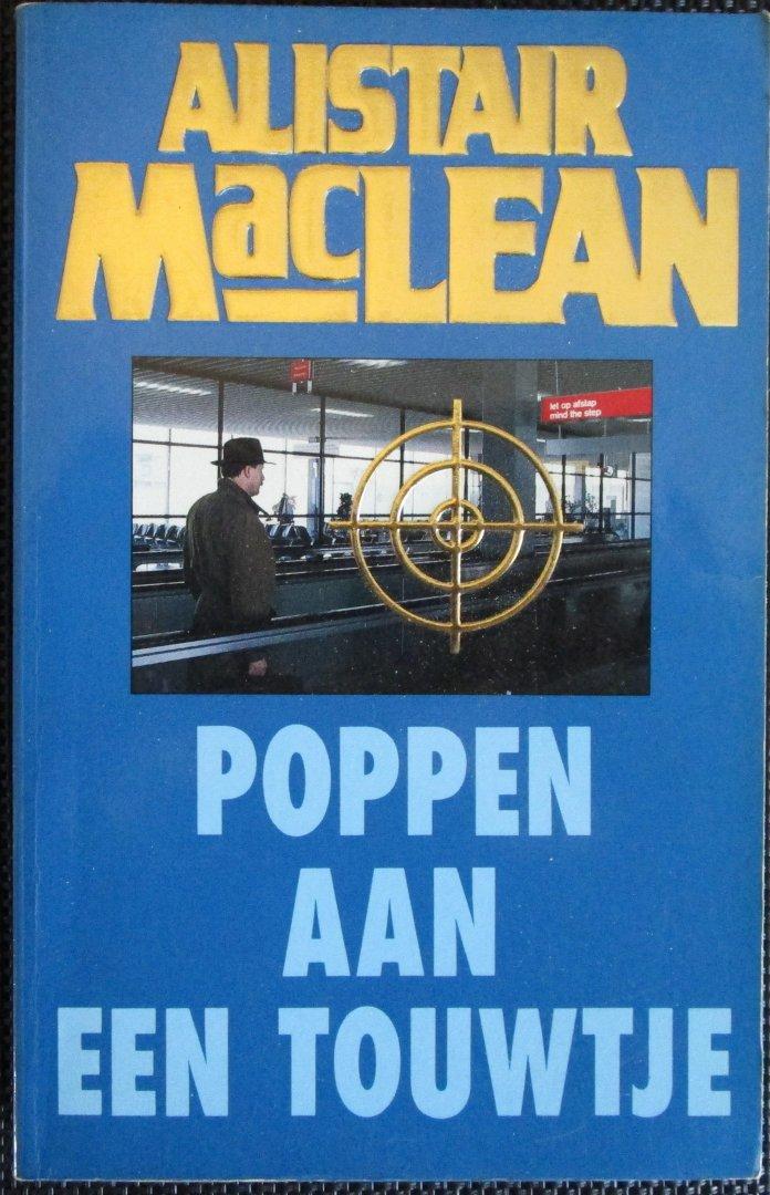 Maclean, Alister - Poppen aan een touwtje
