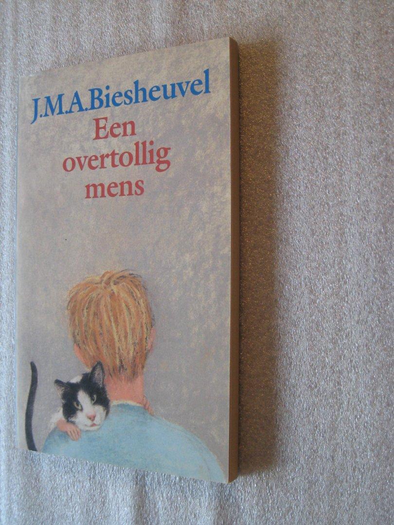 Biesheuvel, J.M.A. - Een overtollig mens