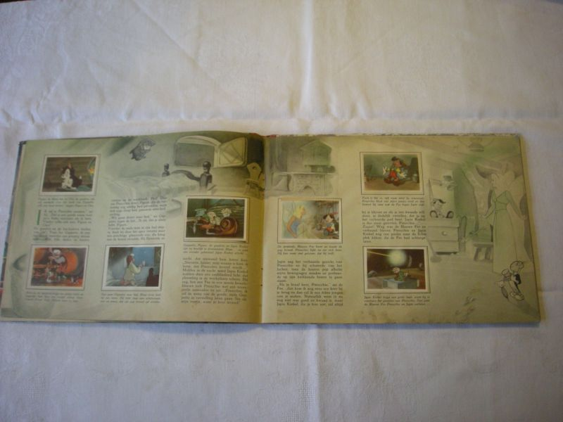 Disney, Walt - Pinocchio (met de originele tekeningen naar de kleurenfilm)