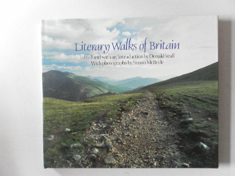 Veall, Donald; Illustrator : McBride, Simon - Literary Walks of Britain. Fotoboek