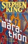 King, Stephen - Marathon, De (cjs) Stephen King (NL-talig) pocket 9024536774. Is misschien wel gelezen maar dat is dan niet te zien. Rechte rug en in prachtstaat! wel tikkie vergeeld.