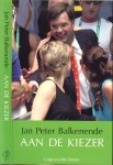 Balkenende J.P.  Omslagontwerp Marieke Olele - Aan de kiezer  ..  Brieven van Jan Peter Balkenende