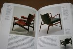 Charlotte & Peter Fiell - 1000 Chairs