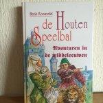 Koesveld, H. - De houten speelbal / avonturen in de middeleeuwen