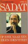 Sadat - Sadat, op zoek naar een eigen identiteit / druk 1