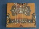 N/A; - Instruments de musique espagnols du XVIè au XIXè siècle. (sans disque!)