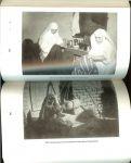 Glissenaar, Jan  .. met heel veel zwart wit foto's - Als je bang bent, sterf je .. Zoektocht naar veertig jaar ontwikkelingswerk.