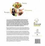 Tsachigova , Asja . [ isbn 9789081556750 ]  3017 - Het 12 Weken Programma . ( Preng je gezondheid op topniveau & bereik je ideale gewicht! ) Asja Tsachigova is voedingsdeskundige en wellnesscoach en de ontwikkelaar van de wetenschappelijk bewezen succesformule De Levensstijl Methode.  -