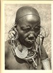 Julien, Dr. Paul - Zonen van Cham. Onder Oost-Afrikaanse Steppevolken. Met 32 opnamen van de schrijver