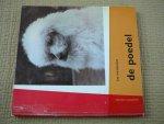 Rheenen,Jan van - De Poedel. Portret van een honderas met 23 foto's van Frans Kramer en 17 andere illustraties.