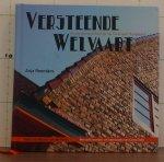 Reenders, Anja - Horst, Norma van der (foto's) - Stolk, Cees (routes) - Versteende Welvaart / Amsterdamse school op het Groningse hoogeland