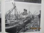 Lutke Meijer, G. - De Amsterdamse haven door de eeuwen heen. Fotoboek; talrijke nostalgische foto's vertellen de geschiedenis van de haven van Amsterdam