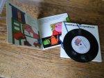 Bernadette, Ingrid en Corine Bos - Smittie en de speeltuin (luisterboekje verteld door Joop Doderer)