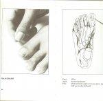 Ewald Dr Hans  Vertaling door Ilse Dorren  en Tekeningen  van Werner Dworschak te Munchen - Acupunctuur in de Praktijk   en Acupunctuur in beeld