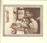 Wortel, G. M. L.  Met heel veel foto's  .. Een boek om uren in te grasduinen - De band zij de spiegel van den inhoud.