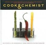 Mariën , Eke . & Jan Groenewold . [ isbn 9789061129158 ]  4217 - Cook & Chemist . ( Smakelijke experimenten uit de moleculaire keuken voor iedere kookliefhebber . ) Moleculair koken is een trend waarbij koks natuurkundige en chemische kennis gebruiken als basis voor hun gerechten.  -