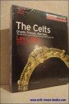 von Meinrad Maria Grewenig - Celts,  / Les Celtes.  Druids, Princes, Warriors. the life of the Celts during the iron Age 2500 years ago. Druides, Princes, Guerriers, la vie des Celtes a l'age de fer il y a 2500 ans.