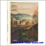 Sven Ehmann, Robert Klanten, ?Michelle Galindo. - Journey The Fine Art of Traveling by Train, Train trips are classic yet very of the moment. This book introduces its readers to a wide variety of trains and routes from around the world that all offer extraordinary travel experiences.