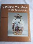 BLAAUWEN, Abraham L. den - Meissen Porcelain in the Rijksmuseum. Catalogues of the Decorative Arts in the Rijksmuseum Amsterdam  volume 4