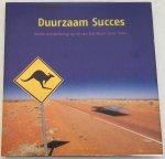 Krielen, Hans, red., Hans Peter van Velthoven, fotografie, Wilfred Dabekaussen, tekst., - Duurzaam succes. Derde overwinning op rij van het Nuon Solar Team