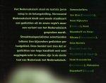 Bloemhoff, Henk / Glas, Jan / Nijkeuter, Henk - Verrassend Nedersaksisch - Gedichten uit Groningen, Drenthe, Stellingwerf, Salland, het Land van Vollenhove, Twente, de Achterhoek en de Veluwe