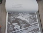 Heeswijk, E. van - Helmond van boven bekeken 1923-1980 / druk 1