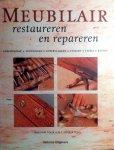 Cook , William . / W. J. Cook . & Sons . [ isbn 9789059201880 ]  0717 - Meubilair Restaureren en Repareren . (  Gereedschap - Technieken - Oppervlakken - Stoelen -Tafels - Kasten  . ) Meubilair restaureren en repareren vormt een onmisbare handleiding voor beginners en gevorderden op het gebied van restauratietechnieken -