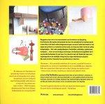 Puelinckx , Evy . [ ISBN 9789022328774 ] 0219 - Upcycling . (  Afval wordt design . ) Weggooien staat niet in het woordenboek van de minister van Upcycling, Evy Puelinckx. Met dingen die bestemd zijn voor de vuilnishoop of het containerpark creëert Evy in dit boek unieke designvoorwerpen,  -