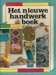 Handwerken - J. H. M. van Amelsvoort (vertaling) - HET NIEUWE HANDWERKBOEK. Verzameling van 80 mooie borduurpatronen