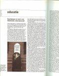 Antwerpen Wil van en  Drs. J. Anthonissen met F. de Pauw  Drs.  L.J.M. Smit   met J. de Vos - De wereld in 1982  De grote Oosthoek Jaarboek uit 1982 ..  zeer rijk geillustreerd