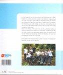 Seegers, Petra (samenstelling) & Hoogendoorn, Ronald (fotografie) (ds1218) - High on insulin. Kilimanjaro Challenge 2008
