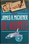 Michener, James A. - DE RUIMTE - DE HANDELINGEN IN DE RUIMTE SPELEN ZICH AF BINNEN EEN PERIODE VAN SLECHTS VEERTIG JAAR, MAAR TEGEN EEN DECOR DAT ZICH MILJOENEN KILOMETERS BOVEN HET AARDOPPERVLAK UITSTREKT