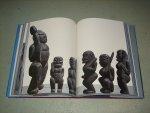 Hisuk, Chai - Black Shelled Jade Sculptures & Mago Civilization.