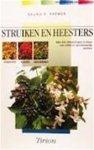 Kremer, B.P. - Struiken en heesters in veld en tuin / druk 1 / de belangrijkste wilde en gecultiveerde struiken van Europa herkennen, planten, beschermen