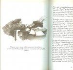 Nootdorp, B. van illustraties Marit Tornqvist  en Omslagontwerp  Sjef Nix - Fluitend door het leven, 77 direct toepasbare adviezen voor: een gelukkiger leven, een beter huwelijk, hechtere vriendschappen, meer succes, meer zelfvertrouwen
