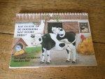 Ball, Sara - Kat en koe op de boerderij...wat hoort erbij?