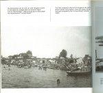 Haren van Leo  Engelse vertaling Diane Heijlijgers  Brodie   De fotografie  is verzorgd  Theo Audenaerd - Wijchen, Centrum in Tweestromenland