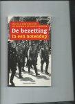 Barnouw, David - De bezetting in een notendop. Alles wat je altijd wilde weten over Nederland in de Tweede Wereldoorlog