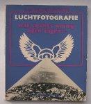 FRIJTAG DRABBE, C.A.J. VON, - Luchtfotografie. Wat slechts weinig ogen zagen...