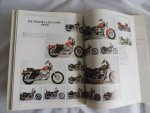 Courly, Erick - Parmentier, Frederic - 1001 Harley-Davidsons