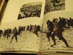 Leventhal, A, R, / Byrne, D - War ( oorlogen in de twintigste eeuw)