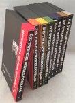 Kin, Bart & Angelique van der Laan, red., - De Tweede Wereldoorlog in woord en beeld. [8 delen + 16 DVD's in cassettes, compleet].